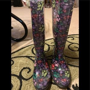 Rain boots the animal rescue paws galore